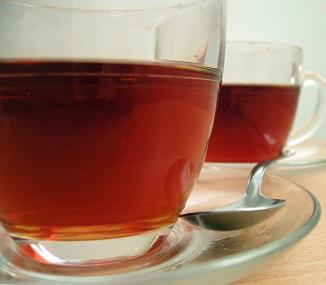 Ranní čaj je u známých lékařů velmi oblíbený.