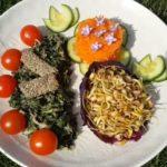 Kopřivový salát – přidejte kopřivu do vašeho jídelníčku