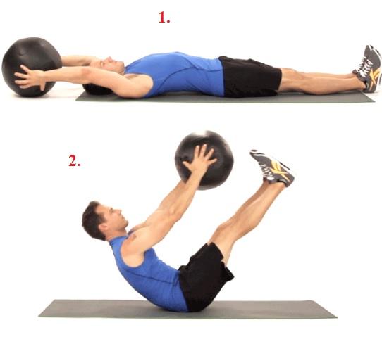 Zkuste sklapovačky s fitness míčem v rukou.