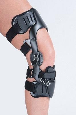 S kolenní ortézou CTi se po úrazu kolene dostanete do formy lépe