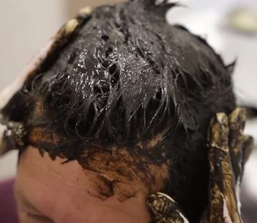 Peloidy jsou super i na vlasy. Jejich terapeutické použití je však širší.