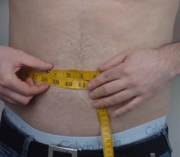 Měření obvodu pasu je efektivní metodou, jak měřit obezitu.
