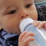 Malé děti, kojenci a průjmy: Rady, co dělat