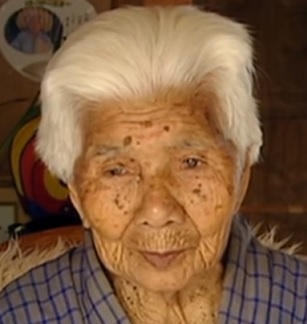 Mnoho obyvatelů ostrova Okinawa se dožije přes 100 let.