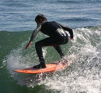 Surfing určitě vyzkoušejte, zamilujete si ho.