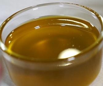 Brusinkový olej a jeho účinky na zdraví - je super pro pokožku