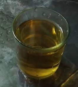 Majoránkový čaj krásně voní.