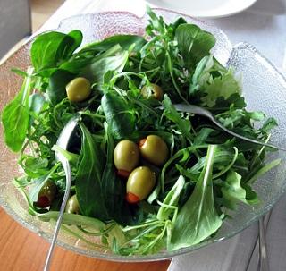 Listová zelenina je na snižování vysokého krevního tlaku super.
