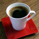 Kyselina kávová a její účinky na zdraví – zmírňuje zánět i zvyšuje sportovní výkon – co dál?