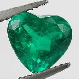 Jaké účinky může mít smaragd?