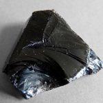 Obsidián a jeho účinky na zdraví – napomáhá trávení a detoxikuje