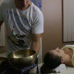 Zvuková masáž – co je to, jak se provádí a jaké má účinky?