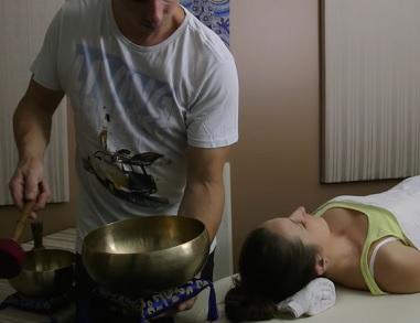 Takto může vypadat zvuková masáž.