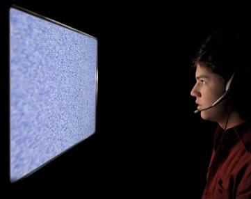 Fotosenzitivní epilepsie je stav, kdy se příznaky mohou objevit důsledkem expozice určitým vizuálním podnětům, převážně souvisejícím se světlem.
