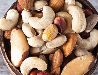 Třeba ořechy obsahují kyselinu fytovou