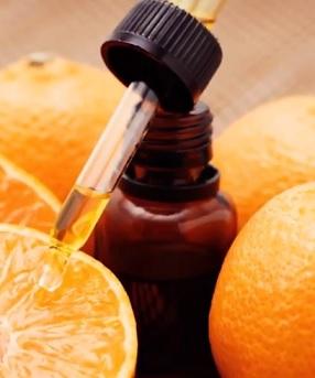 Jaké účinky a benefity může mít sladký esenciální pomerančový olej?