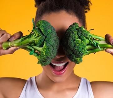 Vláknina je nestravitelná a kaloricky nevyužitelná složka z rostlinných zdrojů, která pomáhá pohybu potravy v trávicí soustavě.