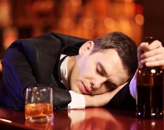 Játra s alkoholem moc nekamarádí
