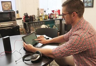 Tinnitus by v budoucnu mohl být léčen i pomocí počítačové hry