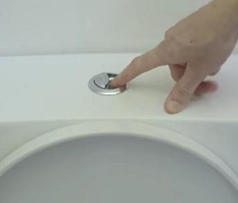 Vždy při splachování toalety zaklapněte víko