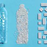 Společnost Lego vyvíjí kostičky vyrobené z recyklovaných plastových lahví