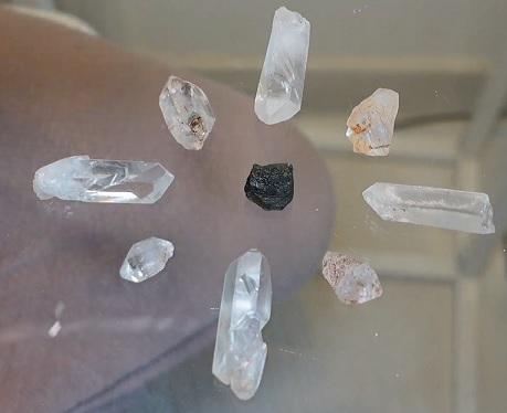 Krystalová mřížka může vypadat například takto jednoduše