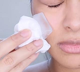 Led na pleť a ledování obličeje - jaké má účinky?