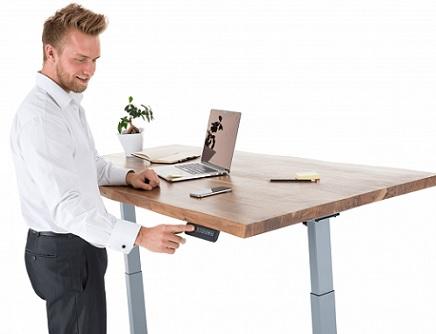 Výšku polohovacího stolu si můžete přizpůsobit tak, jak potřebujete