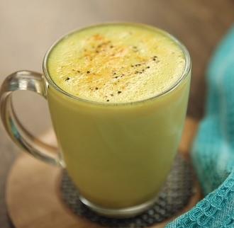 Takto může vypadat vaše kurkumové latte